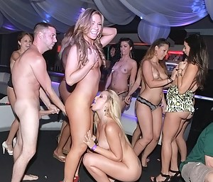 Club Porn Pictures