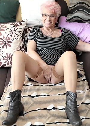 Short Hair Porn Pictures